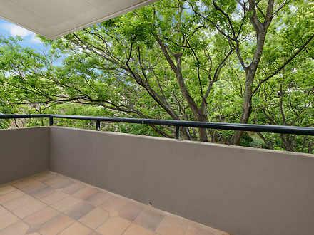 522b9e5392c397fe25805b11 5 18 rocklands   balcony 1601592587 thumbnail