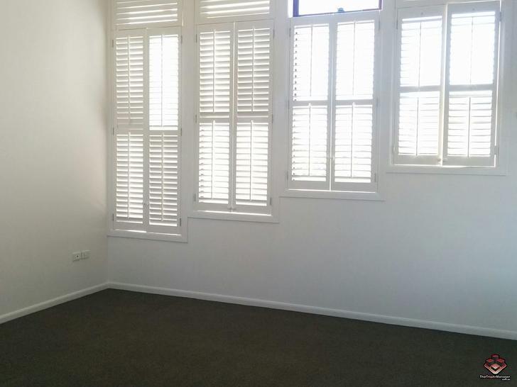 ID:21067194/53 Woodroffe Avenue, Main Beach 4217, QLD Villa Photo