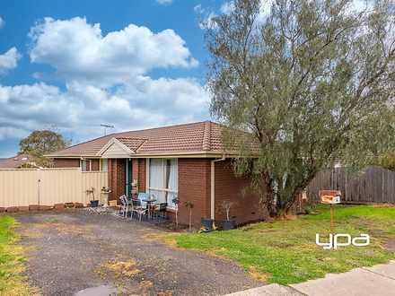 6 Adams Court, Sunbury 3429, VIC House Photo