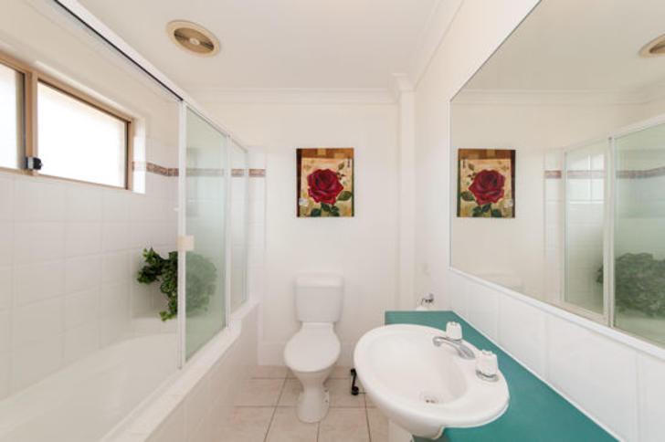 1/96 Formby Street, Calamvale 4116, QLD Townhouse Photo