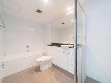 07e6cfd02f66967fe21f0ef4 30060 bathroom 1601957717 thumbnail