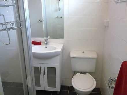 Lan2 bathroom lr 1602049147 thumbnail