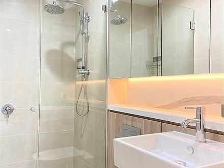 6. bathroom 1 1602117943 thumbnail