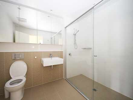 Bc597e2f586f4dcf8dfd3b91 04 bathroom 7349 599fb0a8c46dd 1602123984 thumbnail