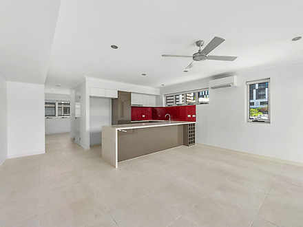 2001/67 Linton Street, Kangaroo Point 4169, QLD Townhouse Photo