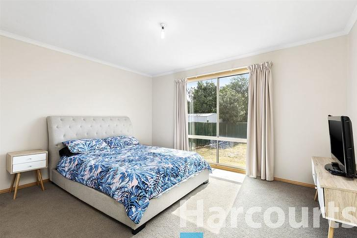 6 Paragon Court, Wendouree 3355, VIC House Photo