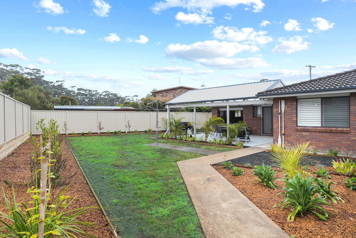 4 Lulworth Crescent, Lake Tabourie 2539, NSW House Photo
