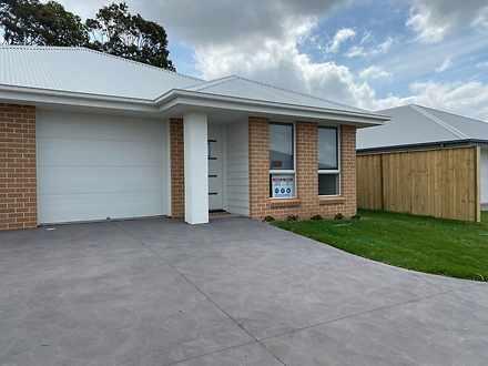 29 Mcglinchey Crescent, Thornton 2322, NSW Duplex_semi Photo
