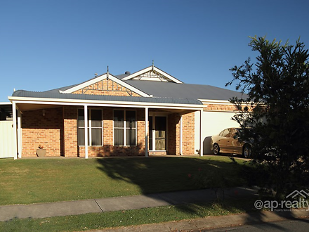 16 St Andrews Avenue, Forest Lake 4078, QLD House Photo