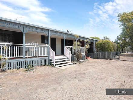 32 Flinders Street, Peak Crossing 4306, QLD Duplex_semi Photo