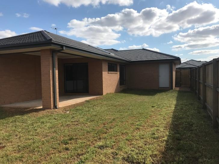 5 Carabeen Place, Aintree 3336, VIC House Photo