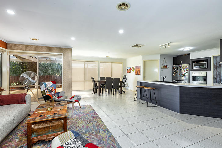12 Grangemouth Drive, Point Cook 3030, VIC House Photo