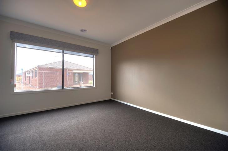 16 Brinkerhoff Crescent, Point Cook 3030, VIC House Photo