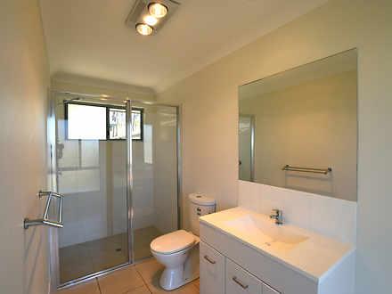 E8ac2e6f6c1c39f975bdc3a4 22411 oakdale10 bathroom11 1602562531 thumbnail