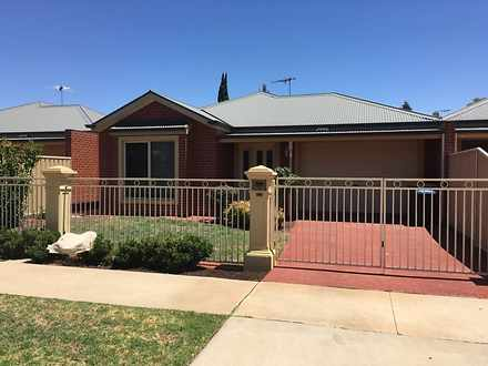 111 Thirteenth Street, Mildura 3500, VIC Townhouse Photo