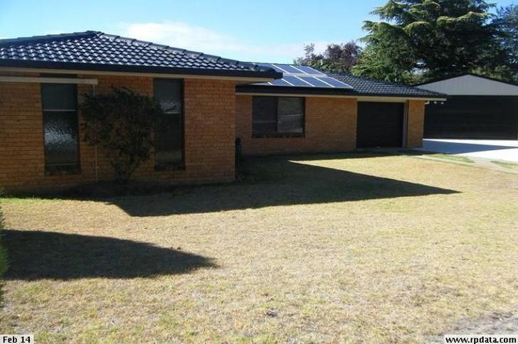 1 Penfold Place, Armidale 2350, NSW House Photo