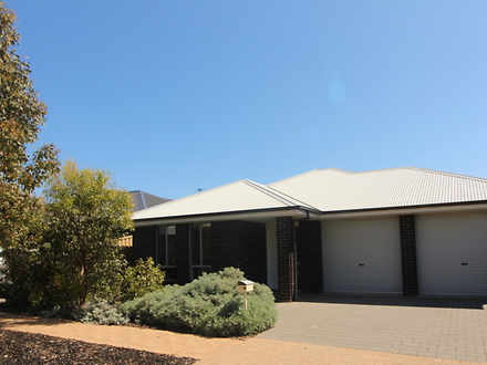 11 Dampier Road, Seaford Meadows 5169, SA House Photo