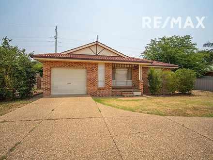 2/8 Malebo Place, Tatton 2650, NSW Villa Photo