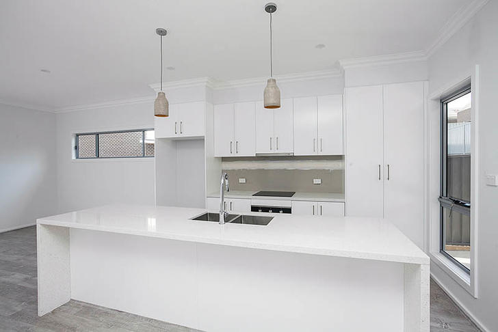 33 Elizabeth Circuit, Flinders 2529, NSW House Photo