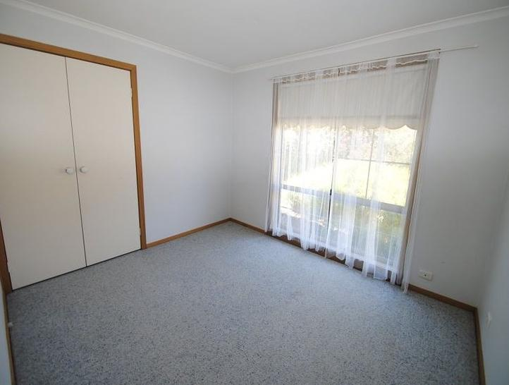 5 Warbler Close, Werribee 3030, VIC House Photo