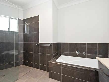 5f833e5a82fd458d9bb2ca7d 9824 bathroom1 1602828945 thumbnail