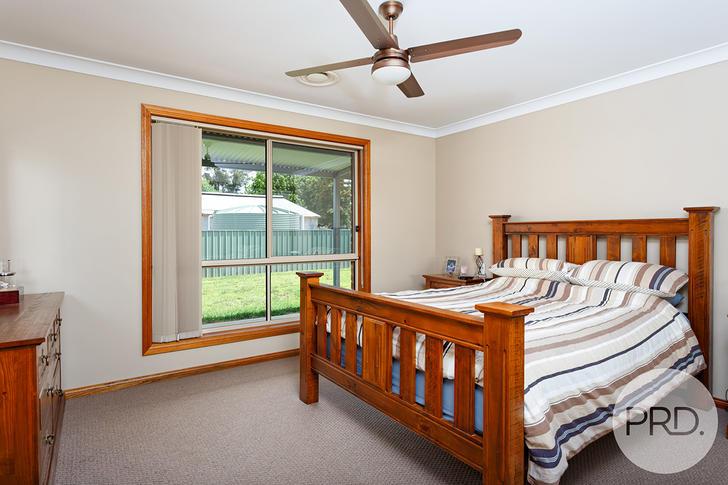 71 Mitchell Road, Lake Albert 2650, NSW House Photo