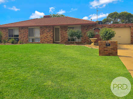 27 Balleroo Crescent, Glenfield Park 2650, NSW House Photo