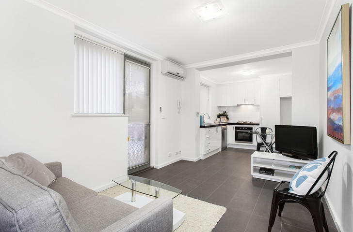 1/11 Rosstown Road, Carnegie 3163, VIC Apartment Photo