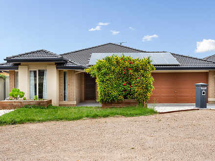 29 Howards Way, Point Cook 3030, VIC House Photo