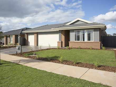 46 Greenfield Drive, Epsom 3551, VIC House Photo