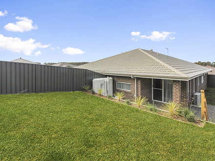 1B Creswell Street, Wadalba 2259, NSW Duplex_semi Photo