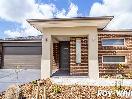 7 Calabrese Circuit, Clyde North 3978, VIC House Photo