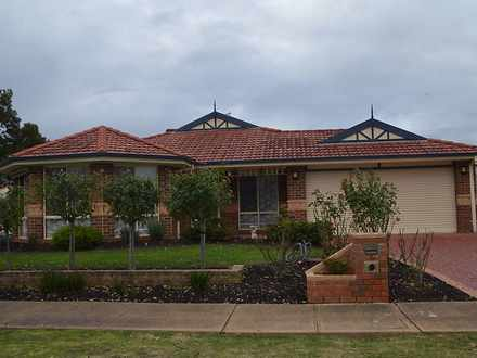 10 Avoca Place, Pakenham 3810, VIC House Photo