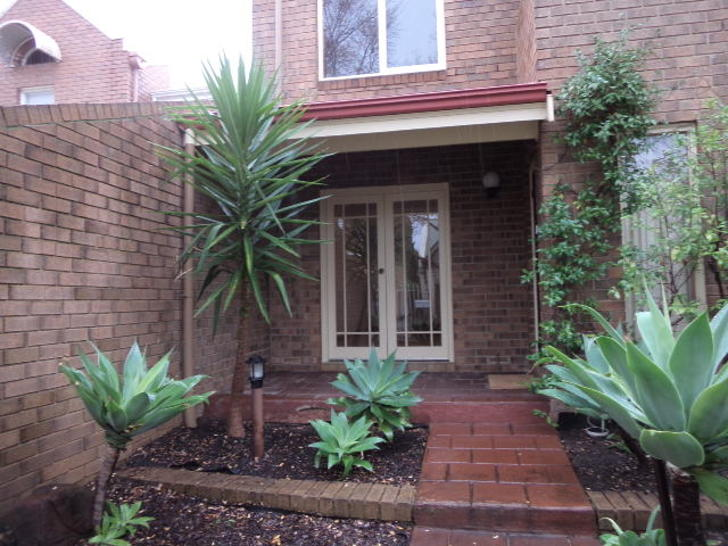52 Appelbee Crescent, Norwood 5067, SA Townhouse Photo