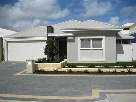 37 Seaspray Crescent, Jindalee 6036, WA House Photo