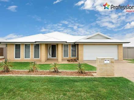 34 Deakin Avenue, Lloyd 2650, NSW House Photo