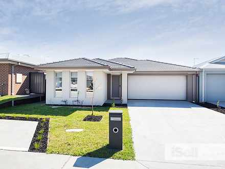 10 Naso Place, Clyde North 3978, VIC House Photo