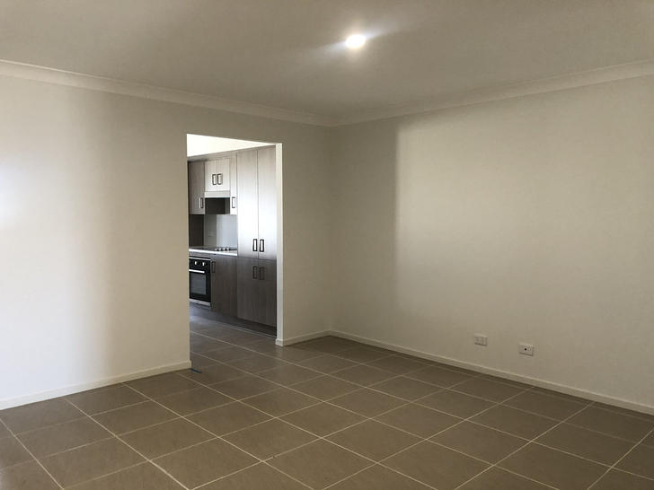 10 Success Street, Goulburn 2580, NSW Duplex_semi Photo