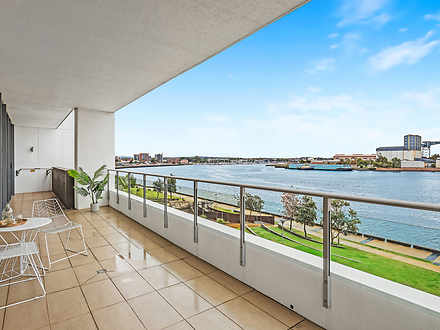 LEVEL 2/202/15 Honeysuckle Drive, Newcastle 2300, NSW Apartment Photo