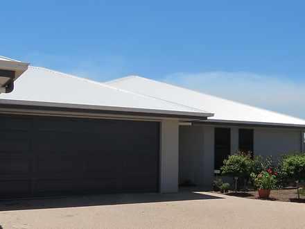 2/12 Wright Street, Emerald 4720, QLD Duplex_semi Photo