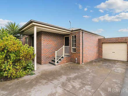 2/81 Powlett Street, Kilmore 3764, VIC Unit Photo