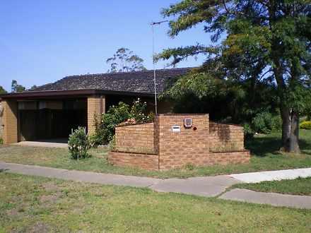 6 Rhodes Drive, Sale 3850, VIC House Photo