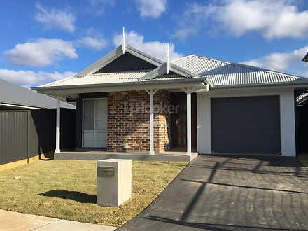24 Arcadian Hills Crescent, Cobbitty 2570, NSW House Photo
