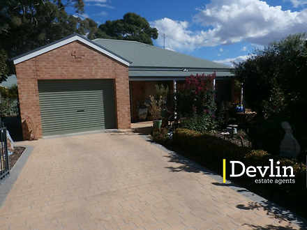18B Nankervis Court, Beechworth 3747, VIC Townhouse Photo