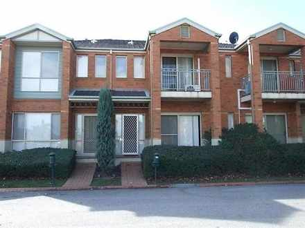 6 St Laurent Rise, Knoxfield 3180, VIC Townhouse Photo