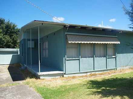 1 Burke Court, Laverton 3028, VIC House Photo