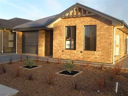 10 Haddington Crescent, Mansfield Park 5012, SA House Photo
