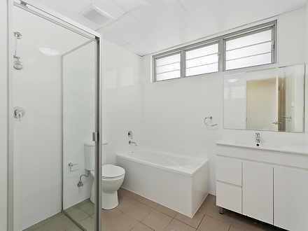 E081f9fcda1bffbd0d90a325 bathroom with window 33c9 a43c 6b1a db54 f781 63f6 a2c3 a085 20201029100820 original 1603930192 thumbnail