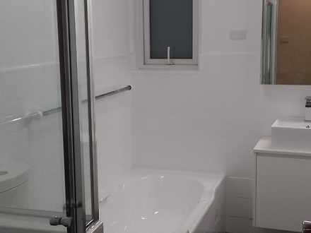 B11e193c0ff7ec0eb06a5327 24815 20131003185128 bathroom 1603933910 thumbnail