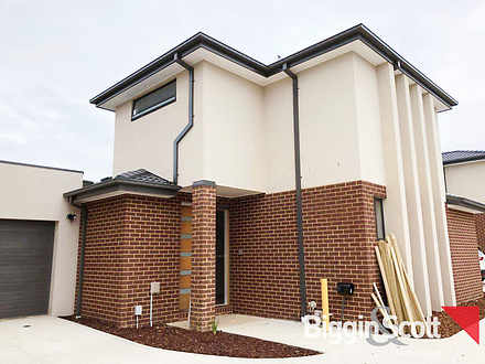 2/58 Highland Avenue, Oakleigh East 3166, VIC Townhouse Photo
